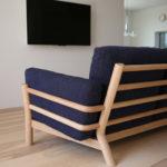 キャストールソファがコンパクトなお部屋でも美しく収まる理由。