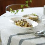 イイホシさんのOval Plateを使ったテーブルコーディネートアイデア