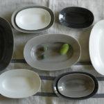 イイホシユミコさんの待望の新作。美しい佇まいの「Oval Plate(オーバルプレート)」